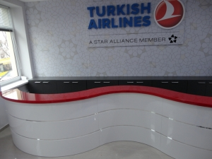 Стойки ресепшн для компании Turkish Airlines